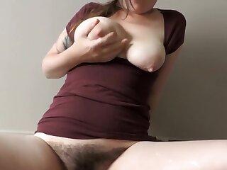 HD Milf caught flickinglicking huge gauzy Bristols soaking shirt naughty lactation