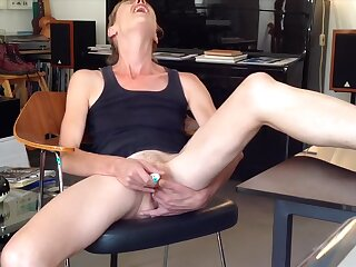 Showing in all events I fuck a dildo in amateur webcam video