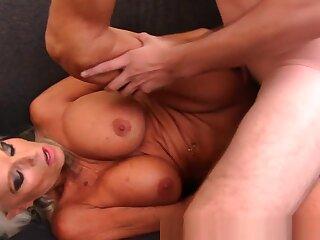 Non-native Homemade video with Big Dick, Mature scenes