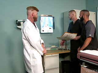 Gay threesome at the doctor's slot with matured orderlies