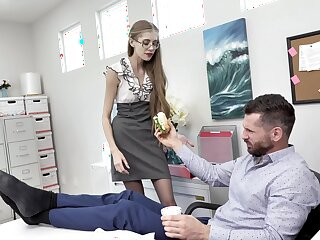 Skinny secretary Kyaa Chimera blows added to gets fucked in the office