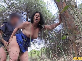 Brunette mature fucked in the woods coupled with secretly taped