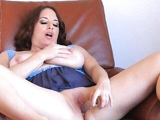 Mature unspecified masturbate