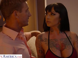 Astonishing busty brunette MILF Jessie Lee feels awesome topping her stud