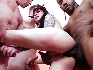 Devilish succubus with tattoos tries interracial gangbang