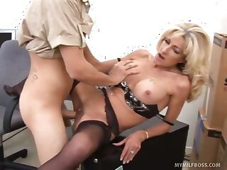 MILF Boss Unbuckles Pants Be useful to 20 Year Age-old Employee
